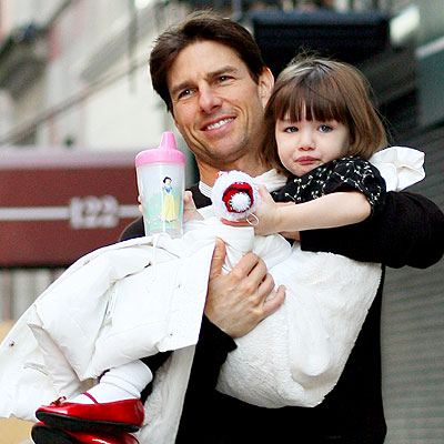 BUNDLE OF JOY photo | Suri Cruise, Tom Cruise