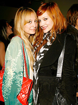 MOM SENSE photo | Ashlee Simpson, Nicole Richie