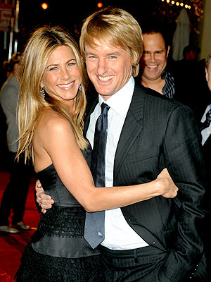 HUG IT OUT photo | Jennifer Aniston, Owen Wilson