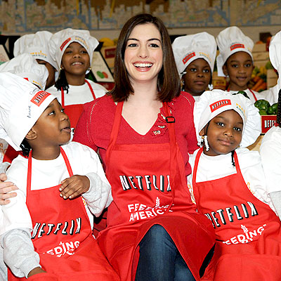 'FEEDING' FRENZY photo | Anne Hathaway