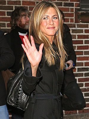 WELCOME WAGON photo | Jennifer Aniston