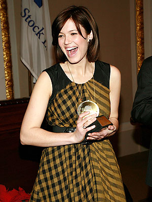 RINGING ENDORSEMENT photo | Mandy Moore