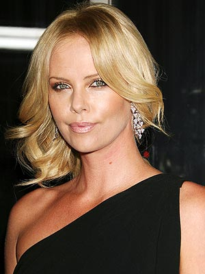 CHARLIZE'S PALETTE photo | Charlize Theron