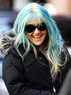 Kate Hudson's Blue Highlights! Love 'Em or Hate 'Em>