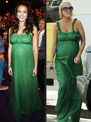 JESSICA VS. TORI photo | Jessica Alba, Tori Spelling