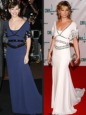 JENNIFER VS. JENNIFER photo | Jennifer Garner, Jennifer Nettles