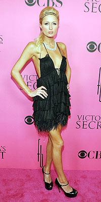PERFECT POUT  photo   Paris Hilton