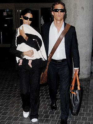 MATTHEW MCCONAUGHEY AND CAMILA  ALVES photo | Camila Alves, Matthew McConaughey