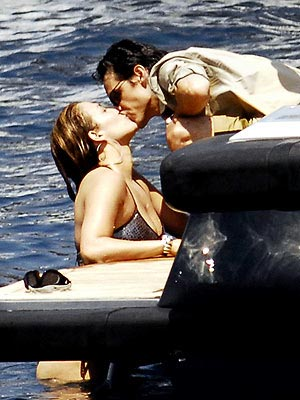 Jennifer Lopez Kissing Marc Anthony