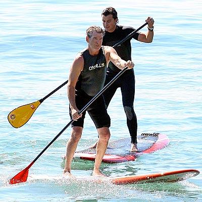 GAVIN ROSSDALE AND PIERCE BROSNAN photo | Pierce Brosnan