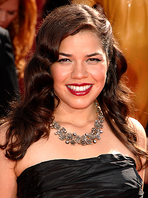 DOUBLE-BARREL CURLS photo | America Ferrera