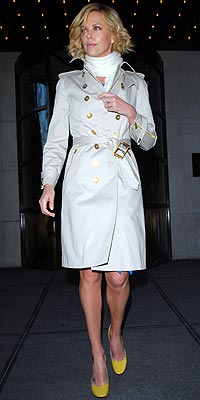 CHARLIZE THERON&#39;S CLASSIC TRENCH photo | Charlize Theron