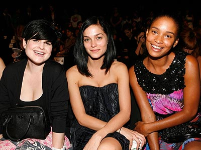 KELLY OSBOURNE AND JOY BRYANT  photo | Joy Bryant, Kelly Osbourne