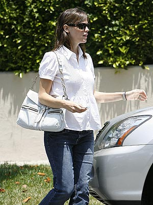 JULY 17  photo | Jennifer Garner