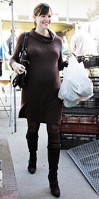 NOVEMBER 12  photo | Jennifer Garner