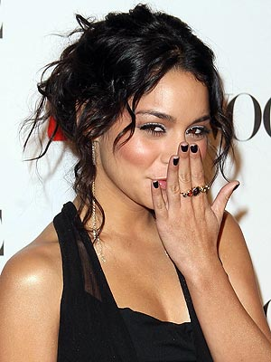 EBONY  photo | Vanessa Hudgens