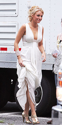 Blake Lively White Party on Blake Lively The Gossip Girl Star Is White Party Ready