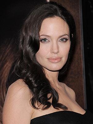 ANGELINA'S WAVES photo | Angelina Jolie