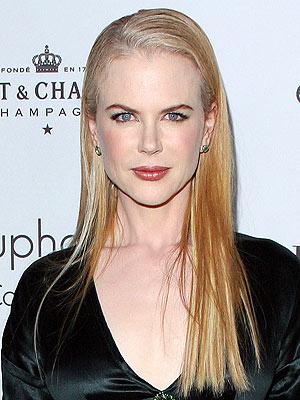 NICOLE'S SLEEK LOCKS photo | Nicole Kidman