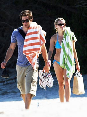DO THE TOWEL TEST  photo | Jake Gyllenhaal, Reese Witherspoon