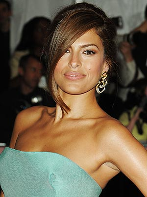 Eva Mendes download wallpaper