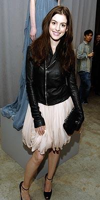 Anne Hathaway Katie Holmes on Anne Hathaway