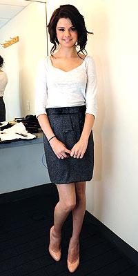 selena gomez skirt