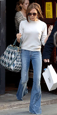 http://img2.timeinc.net/people/i/2008/stylewatch/youasked/080414/victoria_beckham200.jpg