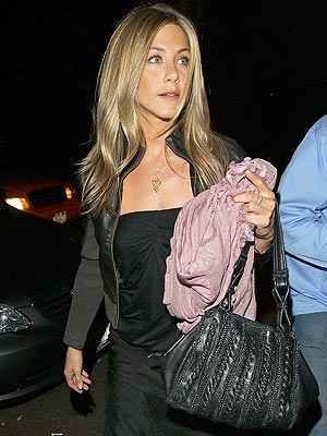 JENNIFER ANISTON'S BAG photo | Jennifer Aniston