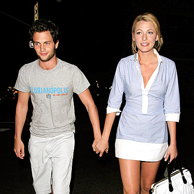 BLAKE LIVELY'S TUNIC photo | Blake Lively, Penn Badgley
