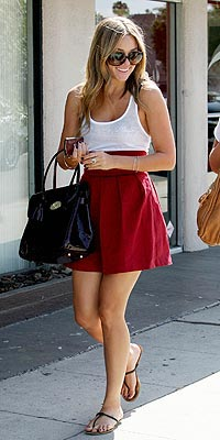LAUREN CONRAD'S RED SKIRT photo | Lauren Conrad