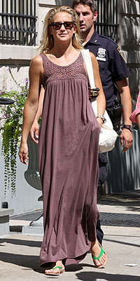 KATE HUDSON'S MAXIDRESS photo | Kate Hudson