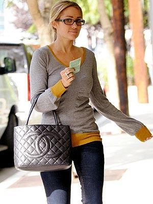 lauren conrad nails. LAUREN CONRAD#39;S SWEATER photo
