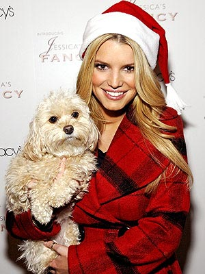 JESSICA SIMPSON'S PLAID COAT  photo | Jessica Simpson