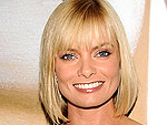 Jaime Pressly Drops in on Rules of Engagement