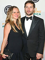 Tobey and Jennifer Meyer Maguire Welcome a Son