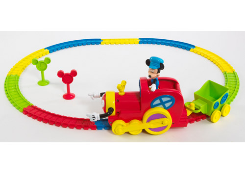 Toy fair 2009 mickey s magic choo choo moms babies for Disney mickey mouse motorized choo choo train with tracks