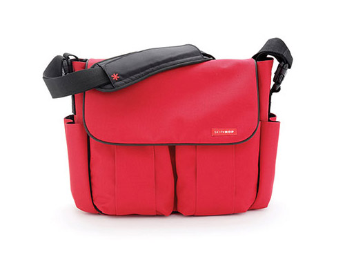 Call Me The Skeptic Mom When It Comes To Frivolous Baby Products A Diaper Bag That Would Fall Into Category After All Any Roomy Can Double