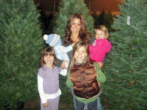 Brooke Burke with her kids
