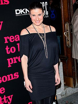 idina menzel pregnant on glee - photo #18