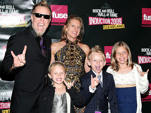 James and his family during the 2009 Rock and Roll Hall of Fame Induction
