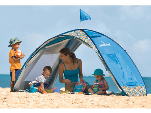 One of the best things about summer is going to the beach. But if you have tiny tots a day of surf and sand usually means a ton of stress especially when ... & Sun Smarties Family Beach Cabana Tent: Easily Well Shaded u2013 Moms ...