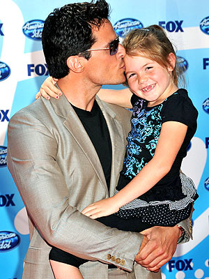 Sealed with a kiss  Antonio Sab  224 to Jr  lays one on 6   189 -year-old    Antonio Sabato Jr Kids