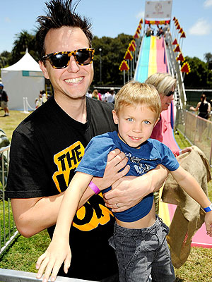 Blink 182 Frontman Mark Hoppus to Host 'A Different Spin ...