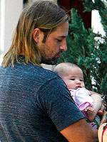 Josh Holloway There S A Reason Why Women Have Babies