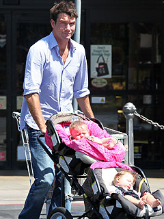Jerry O'Connell Can't Stop His Baby Girls from Giggling | Jerry O'Connell