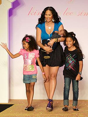 kimora lee simmons kids pictures. Online Kimora Lee Simmons