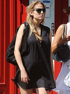 Leelee Sobieski Is Pregnant