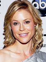 Julie Bowen delivery