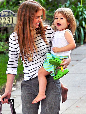 Isla Fisher and Olive: Playdate Pals